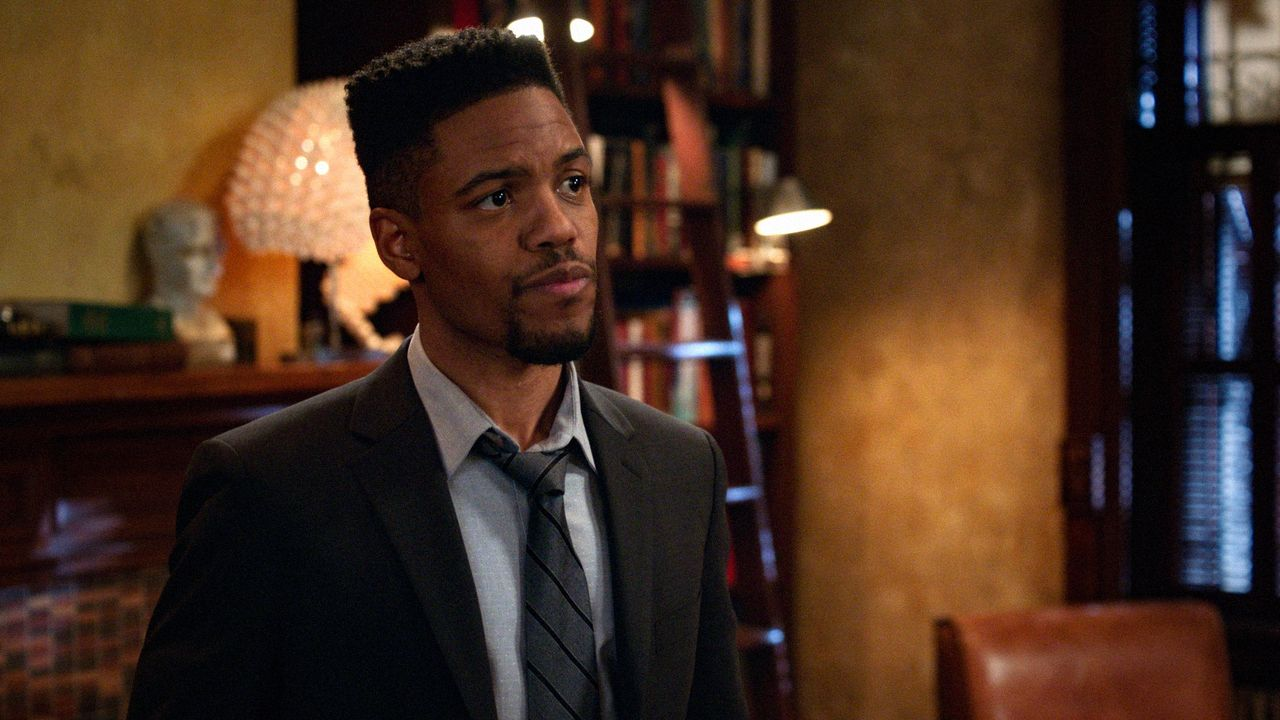Detective Marcus Bell (Jon Michael Hill) - Bildquelle: 2018 CBS Broadcasting, Inc. All Rights Reserved.