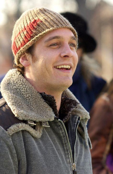 Kyle (Ethan Embry) ahnt nicht, dass seine neue Wohnungsnachbarin glaubt, er sei schwul ... - Bildquelle: Touchstone Television