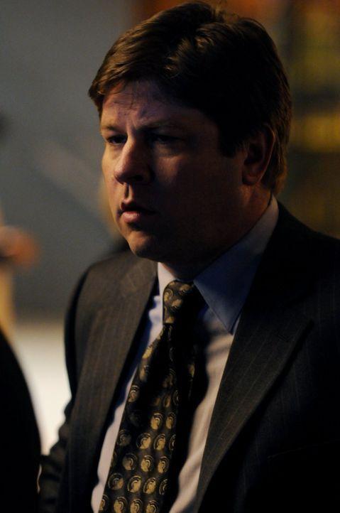 Det. Andy Williams (Lex Medlin) hilft seinem Kollegen bei der Suche nach seiner Tochter. Ist ihr etwas zugestoßen? - Bildquelle: Warner Brothers