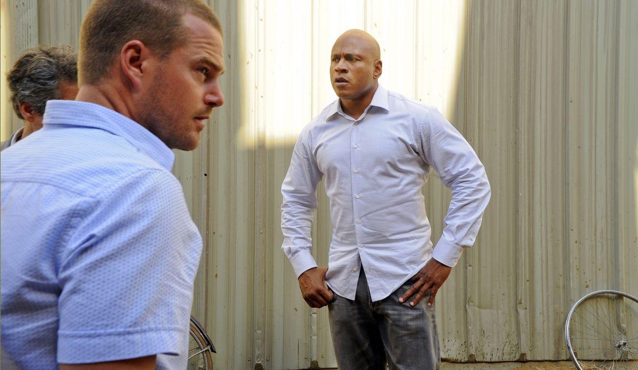 Ein neuer Fall beschäftigt Callen (Chris O'Donnell, l.) und Sam (LL Cool J, r.) ... - Bildquelle: CBS Studios Inc. All Rights Reserved.