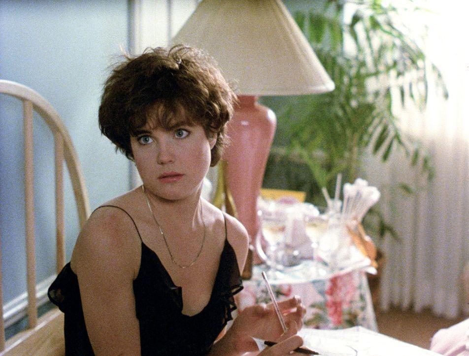Seit der Schwangerschaft wird Kristy (Elizabeth McGovern) oft von ihrem Mann allein gelassen ... - Bildquelle: Paramount Pictures