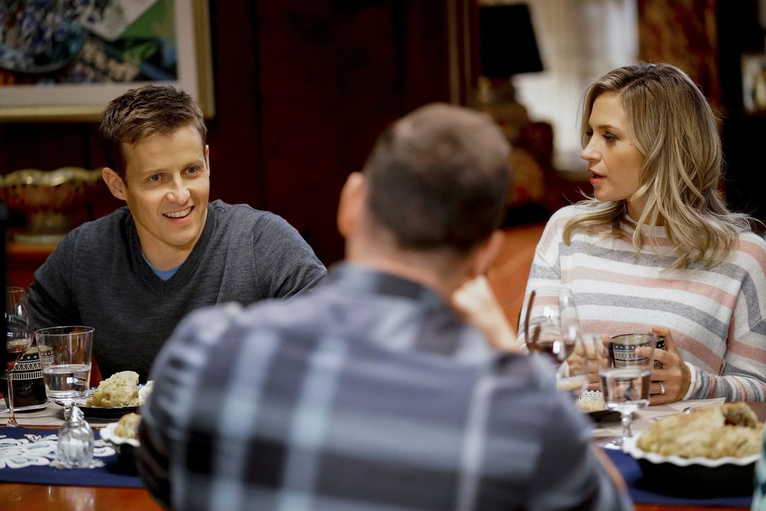 (v.l.n.r) Jamie Reagan (Will Estes); Danny Reagan (Donnie Wahlberg); Eddie Janko (Vanessa Ray) - Bildquelle: John Paul Filo 2018 CBS Broadcasting, Inc. All Rights Reserved.
