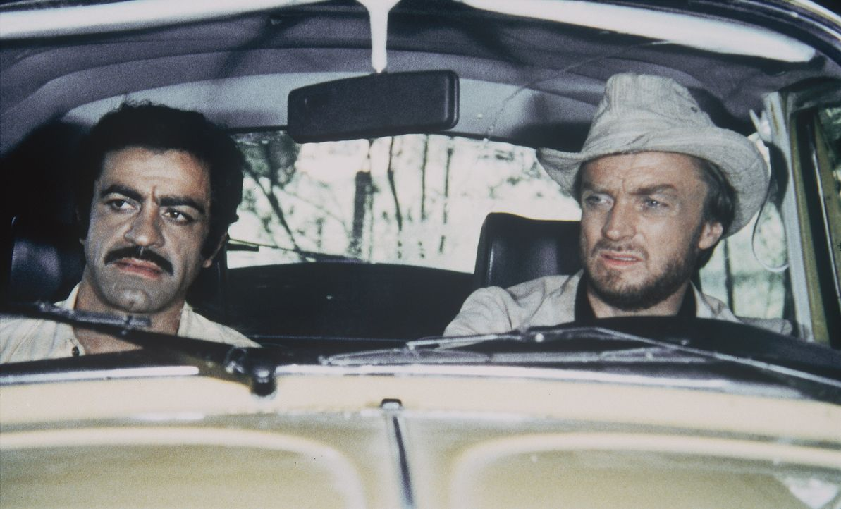 Aldo Regozzani (Sal Borgese, l.); Jimmy Bondi (Robert Mark, r.) - Bildquelle: BetaFilm