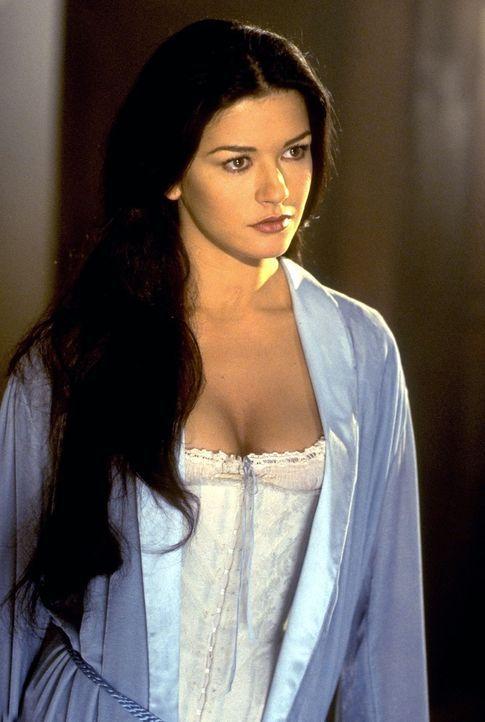 Die schöne Elena (Catherine Zeta-Jones) kommt hinter die Pläne ihres vermeintlichen Vaters ... - Bildquelle: Columbia Pictures