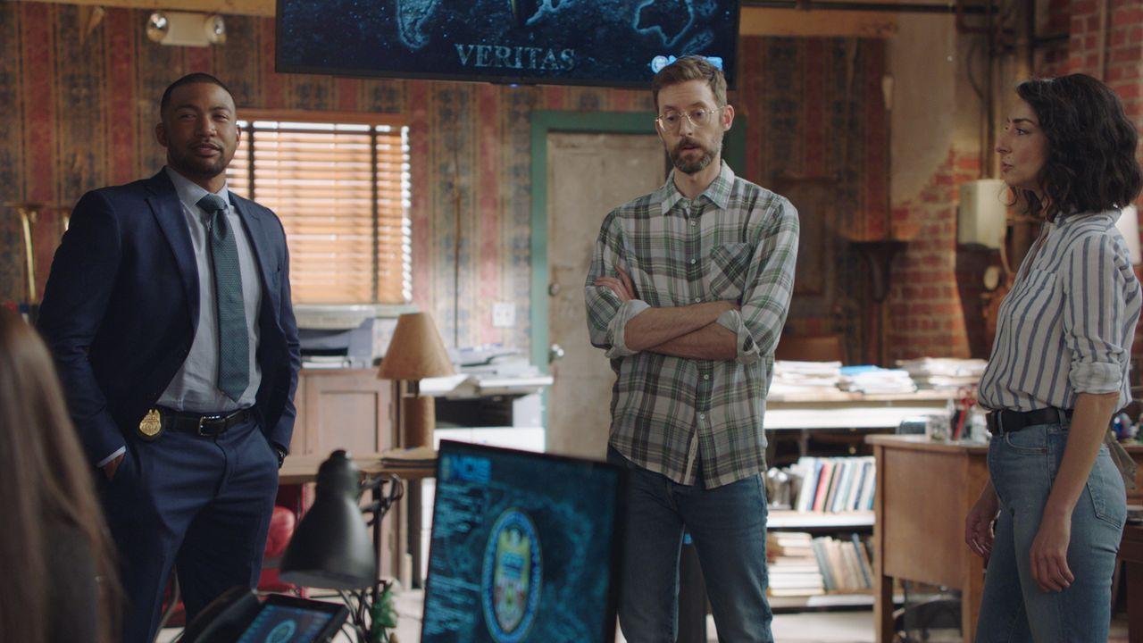(v.l.n.r.) Quentin Carter (Charles Michael Davis); Sebastian Lund (Rob Kerkovich); Hannah Khoury (Necar Zadegan) - Bildquelle: 2021 CBS Broadcasting Inc. All Rights Reserved.