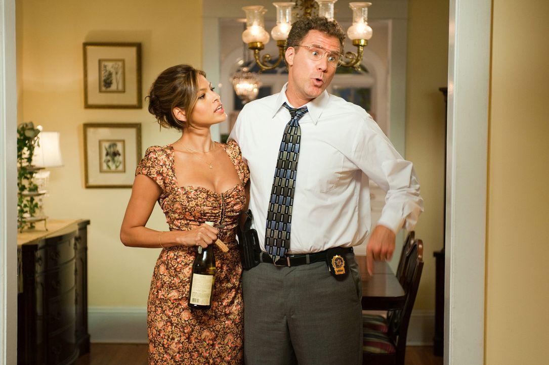 Sind sie wirklich glücklich miteinander? Dr. Sheila Gamble (Eva Mendes, l.) und Detective Allen Gamble (Will Ferrell, r.) ... - Bildquelle: 2010 Columbia Pictures Industries, Inc. All Rights Reserved.