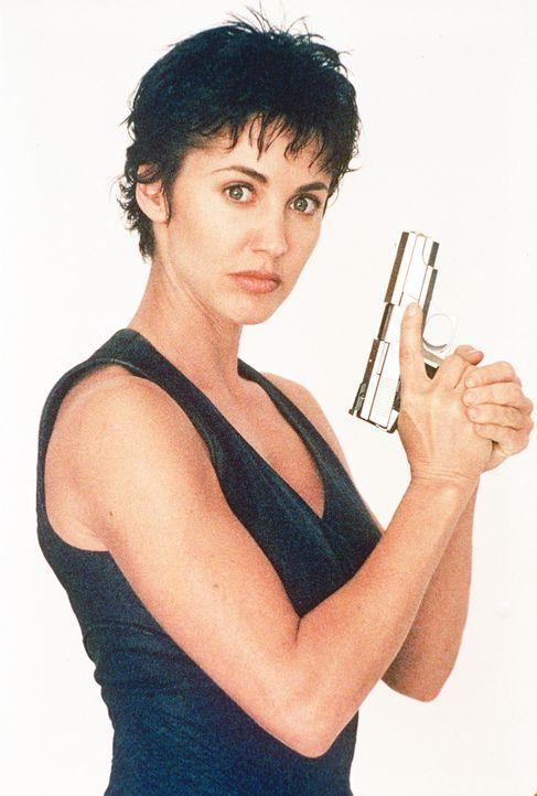 Der erste Einsatz von Kam (Bobbie Phillips): Schwerbewaffnete Terroristen besetzten das Penthouse und die VIP Lounge eines Wolkenkratzers. Doch die... - Bildquelle: United Paramount Network