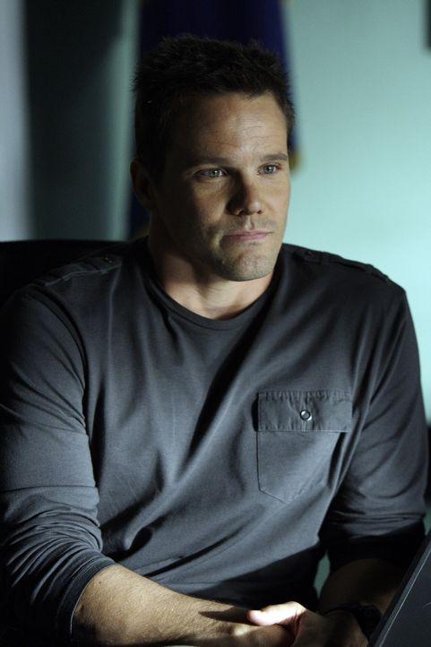 Ein neuer Fall bereitet Colby (Dylan Bruno) Kopfzerbrechen ... - Bildquelle: Paramount Network Television