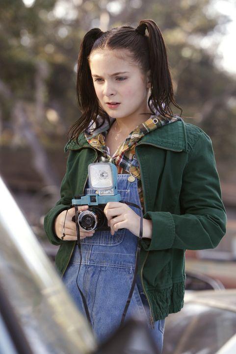 Das NCIS-Team untersucht den Verkehrsunfall eines Marines, was bei Abby (Brighton Sharbino) einige unschöne Erinnerungen an ihre Zeit als junges Mäd... - Bildquelle: CBS Television