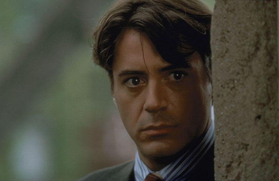 Nachdem einem vermeintlichen Mörder die Flucht gelingt, jagt der Secret-Service-Agent John Royce (Robert Downey jr.) gemeinsam mit seinem Partner Ge... - Bildquelle: Warner Bros.