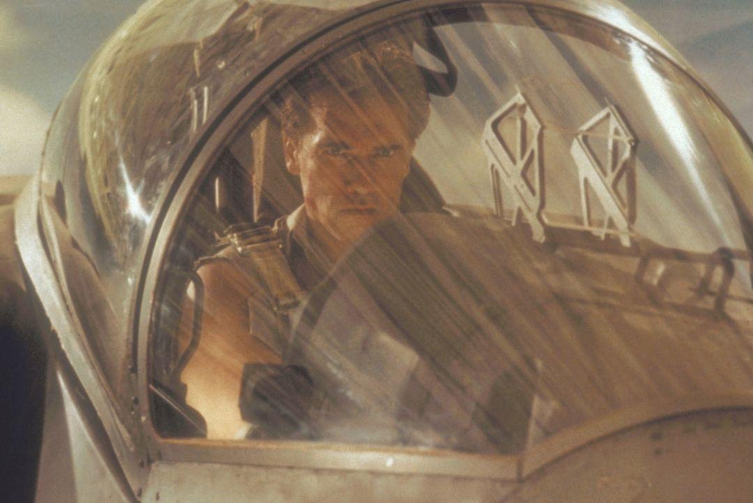 Zwischen Harry Tusker (Arnold Schwarzenegger) und dem Terroristen Aziz entbrennt ein gnadenloser Kampf auf Leben und Tod ... - Bildquelle: 20th Century Fox Film Corporation