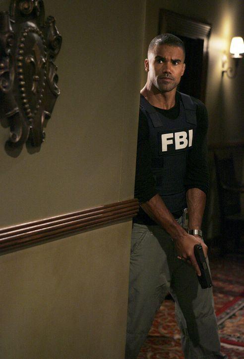 Derek (Shermar Moore) und seine Kollegen wollen den Entführer von Rebecca stellen und das Mädchen befreien ... - Bildquelle: Touchstone Television