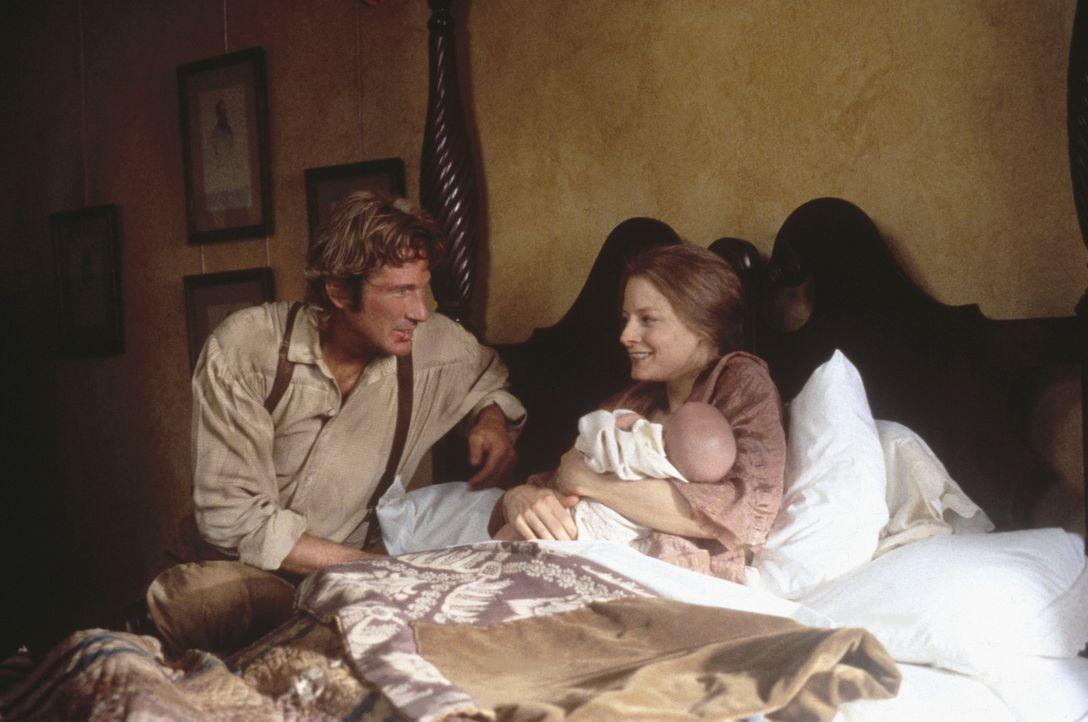 Früher war Jack (Richard Gere, l.) launisch und brutal, doch er ist zu einem so vorbildlichen und liebevollen Gatten geworden, dass Laurel (Jodie F... - Bildquelle: Warner Bros.