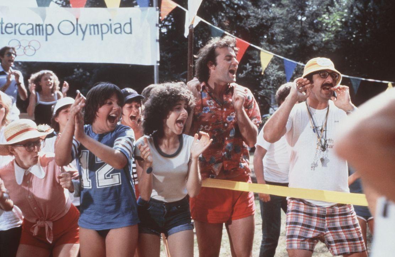 Tripper (Bill Murray, 2.v.r.) ist mit vollem Eifer dabei: Die beiden Sommercamps am See kämpfen gegeneinander an. Ob das Camp North Star den Pokal...
