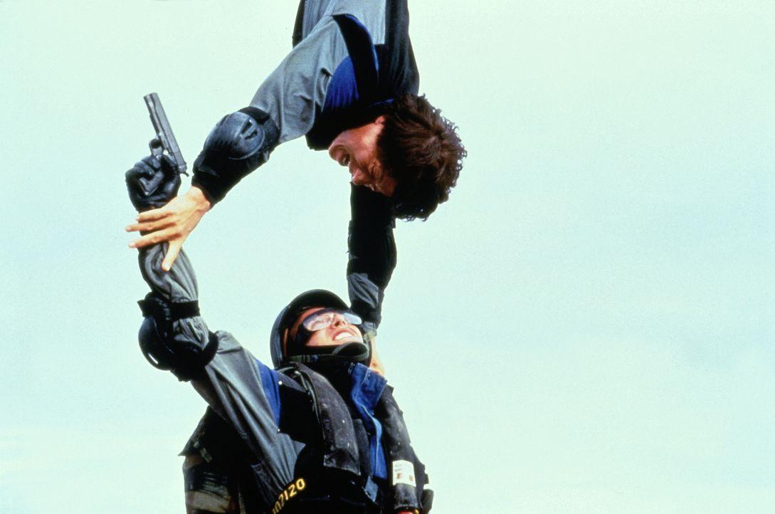 Kein Weg ist ihm zu weit und keine Hürde zu hoch: Whoami (Jackie Chan, oben) nimmt es mit jedem Gegner auf ... - Bildquelle: Columbia TriStar Film