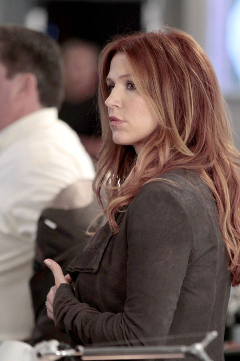 Noch ehe sie wirklich zugesagt hat, hat Eliot Delson von der Abteilung für Schwerverbrechen sie bereits eingestellt: Carrie Wells (Poppy Montgomery)... - Bildquelle: Giovanni Rufino 2013 Sony Pictures Television Inc. All Rights Reserved.