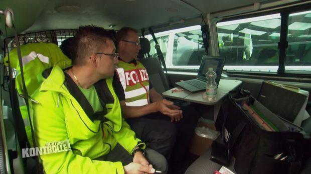 Achtung Kontrolle - Achtung Kontrolle! - Thema U.a.: Busfahrer Will Fehler Nicht Einsehen - Reisebuskontrolle Braunschweig