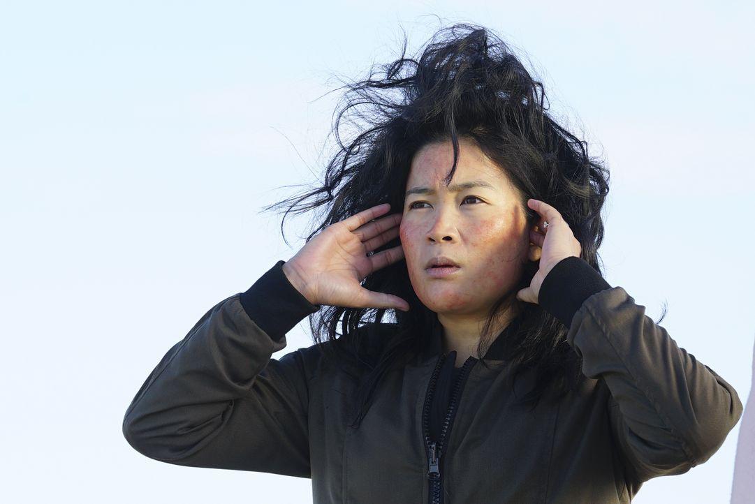 Wie wird Happy (Jadyn Wong) reagieren, wenn sie erfährt, dass ihr Ehemann sich mit seiner Ex-Verlobten trifft, anstatt dem Team bei einem neuen Fall... - Bildquelle: Monty Brinton 2017 CBS Broadcasting, Inc. All Rights Reserved / Monty Brinton