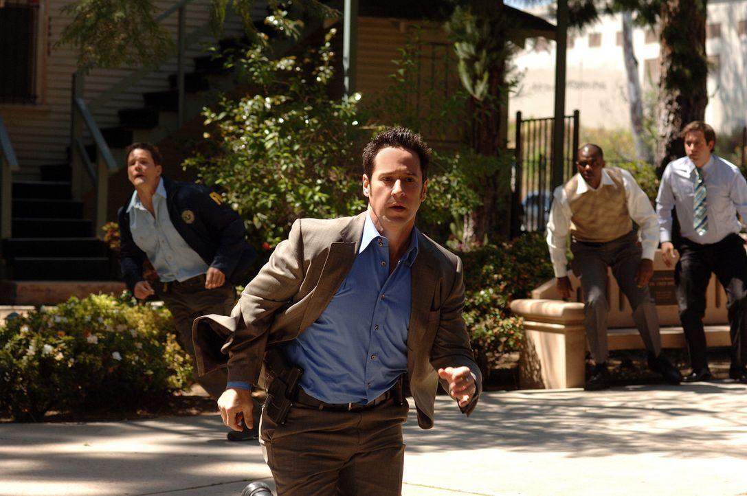 Ein neuer Fall beschäftigt Don Eppes (Rob Morrow) und sein Team. Dabei beginnt für sie ein Wettlauf mit der Zeit .... - Bildquelle: Paramount Network Television