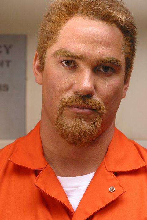 Solange seine Unschuld nicht bewiesen ist, wird Scott Peterson (Dean Cain) wie ein gewöhnlicher Verbrecher behandelt! - Bildquelle: 2004 Sony Pictures Television Inc. All Rights Reserved.