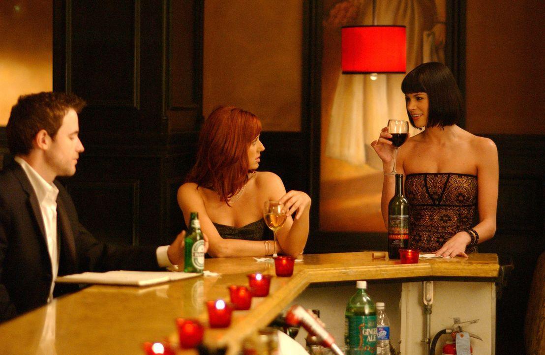 David (Todd Babcock, r.) könnte das Sprungbrett für Holly (Kristen Miller, M.) und Jan (Brooke Burns, l.) sein. Die Promotion für sein neues Restaur... - Bildquelle: 2005 Sony Pictures Home Entertainment Inc. All Rights Reserved.