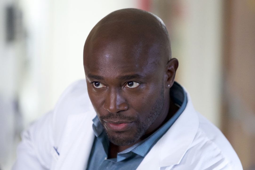 Fällt eine schwere Entscheidung, die Villa nur ungern hinnimmt: Dr. Mike Boyce (Taye Diggs) ... - Bildquelle: 2015-2016 Fox and its related entities.  All rights reserved.