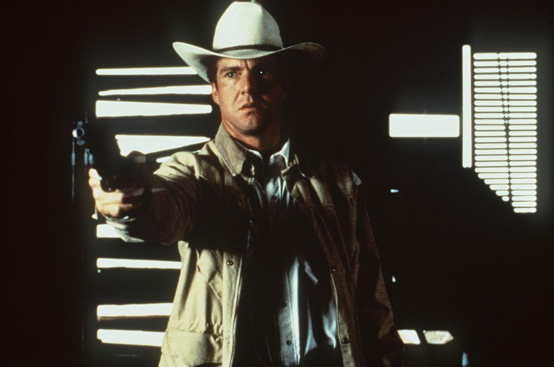 Als sein krimineller Vater ihn dazu zwingen will, seine geliebte Kay umzubringen, um die einzige Überlebende jener Mord-Nacht zu beseitigen, versuch... - Bildquelle: Paramount Pictures