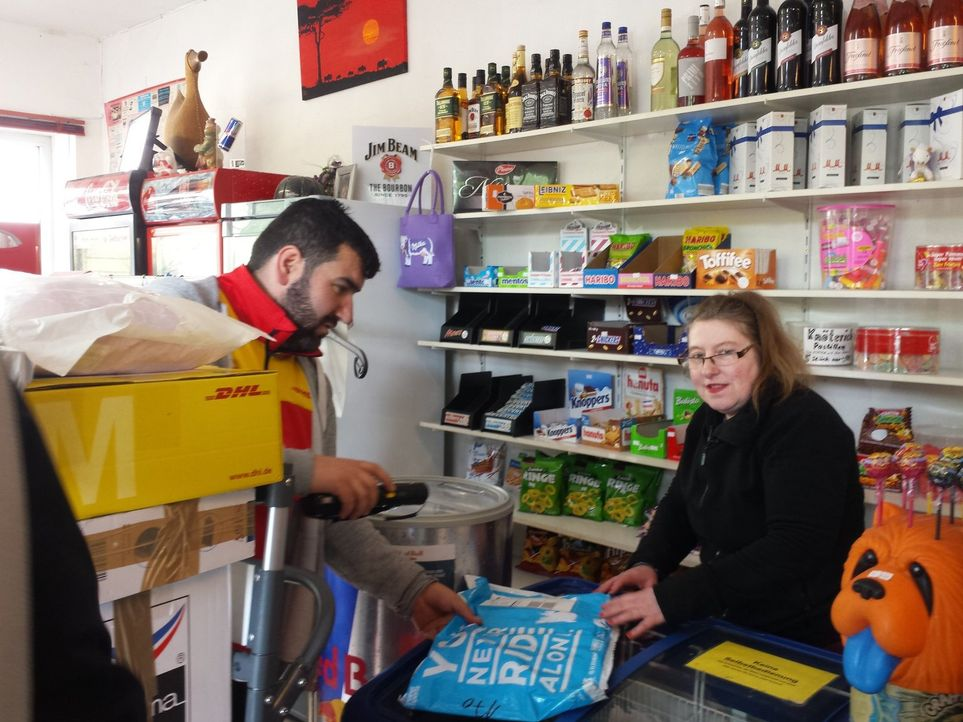 Hasan (l.); Birgit (r.) - Bildquelle: kabel eins