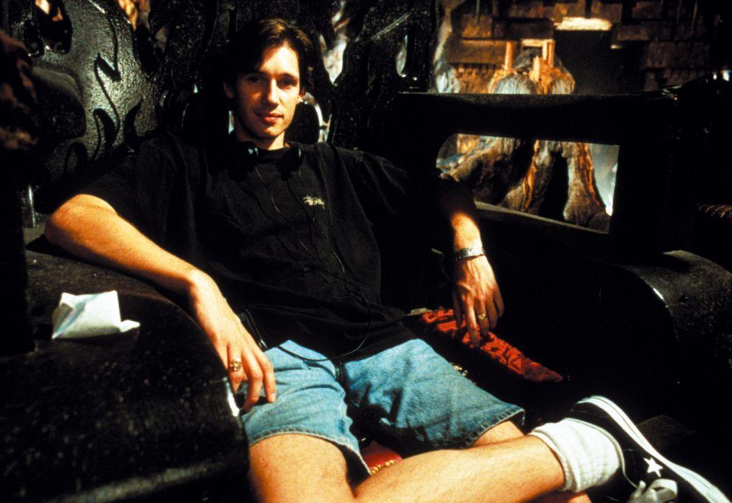 "Regisseur Paul Anderson bei den Dreharbeiten zu ""Mortal Kombat"" ..."