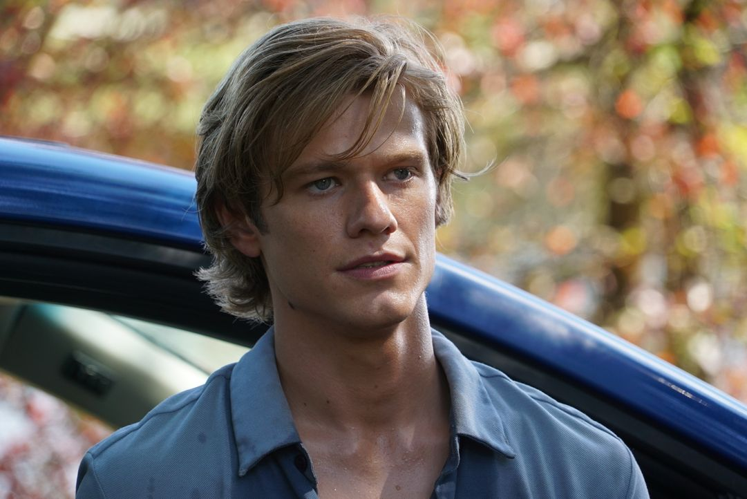 MacGyver (Lucas Till) - Bildquelle: Annette Brown 2018 CBS Broadcasting, Inc. All Rights Reserved / Annette Brown