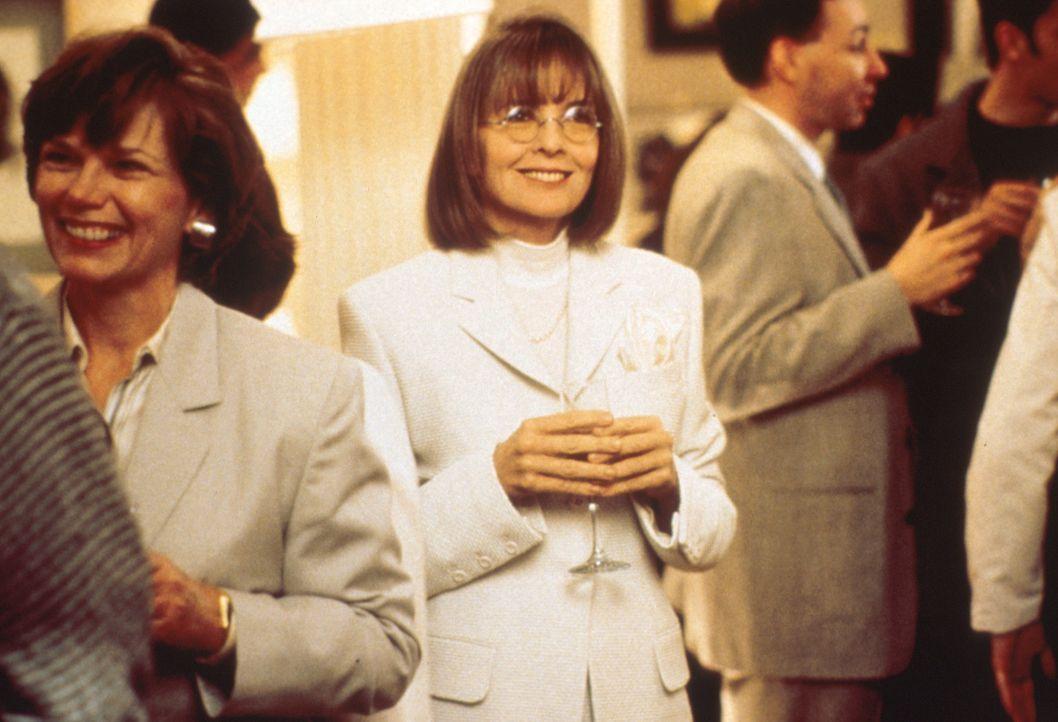 Als Annie (Diane Keaton, M.) von ihrem Mann wegen einer jüngeren Frauen verlassen wurde, will sie nur noch eins, nämlich Rache ... - Bildquelle: Paramount Pictures