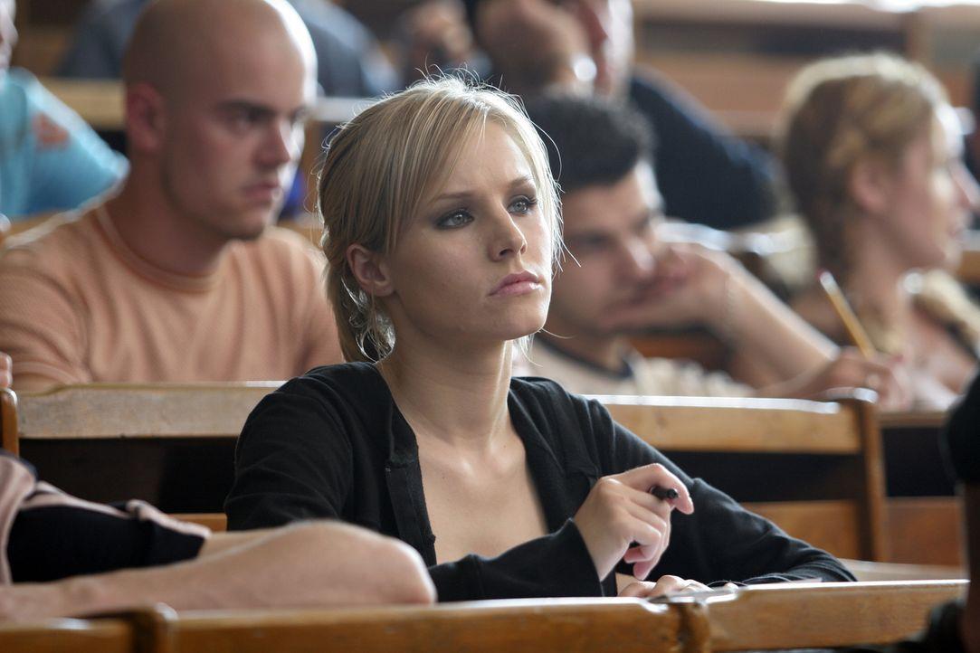 Psychologiestudentin Mattie (Kristen Bell) ist völlig fertig: Ihr Freund Josh hat sich das Leben genommen. Als sie E-Mails vom toten Freund erhält,... - Bildquelle: The Weinstein Company