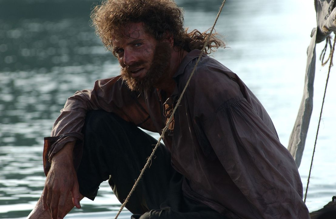 Auf einer einsamen Insel gefangen: Leutnant Robert Maynard (Mark Umbers) ... - Bildquelle: Hallmark Entertainment