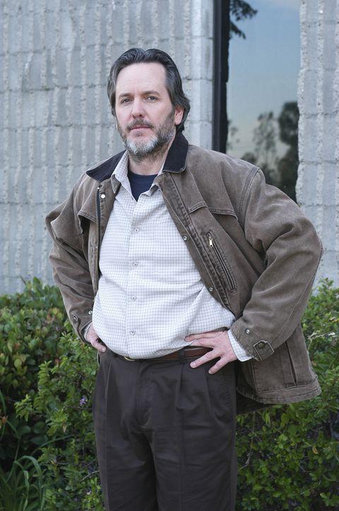 Nachdem Tod von Adam, ist Reverend Paul (Dale Duko) um die Gemeinde besorgt ... - Bildquelle: Touchstone Television