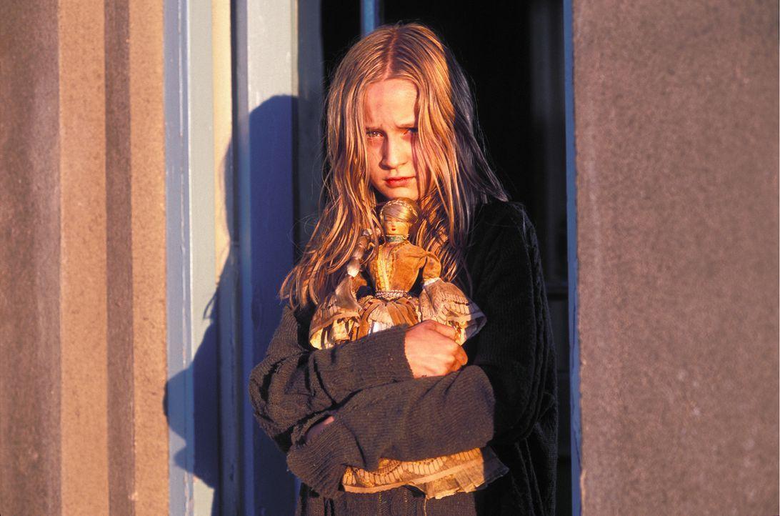 Nach und nach stellt sich heraus, dass das idyllische Plätzchen in Wales, eine böse und unheilvolle Vergangenheit hat, die sich in Form von Ebrill... - Bildquelle: Constantin Film