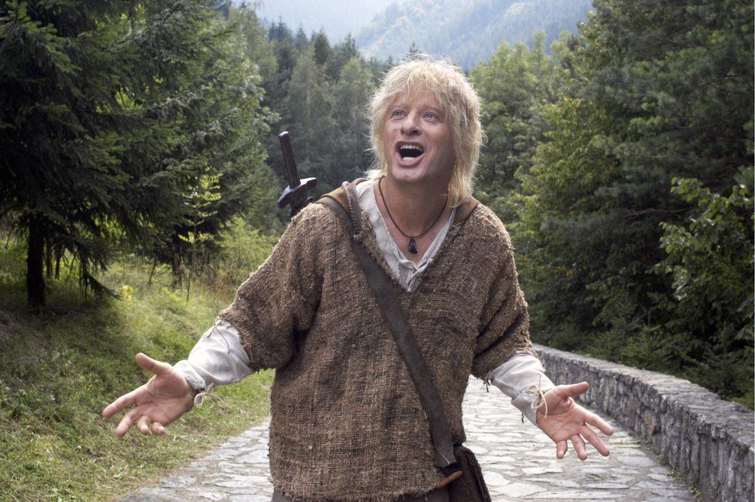 Der bärenstarke Siegfried (Tom Gerhardt) hat sich unsterblich in Kriemhild verliebt und macht sich nun auf die Suche nach ihr … - Bildquelle: Constantin Film