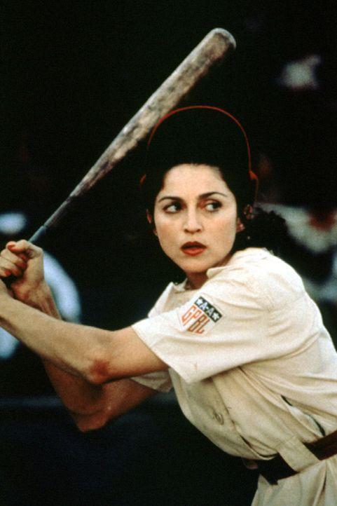 Die ehemalige Animierdame Mae (Madonna) mausert sich zu einer erstklassigen Spielerin. - Bildquelle: Columbia Pictures