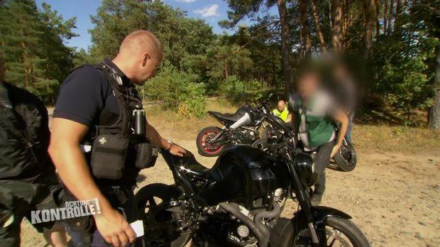 Achtung Kontrolle - Achtung Kontrolle! - Thema U.a: Motorradsündern Auf Der Spur