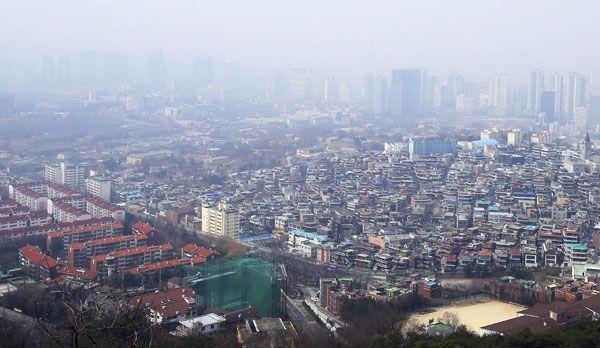 Smog in Seoul - Bildquelle: dpa