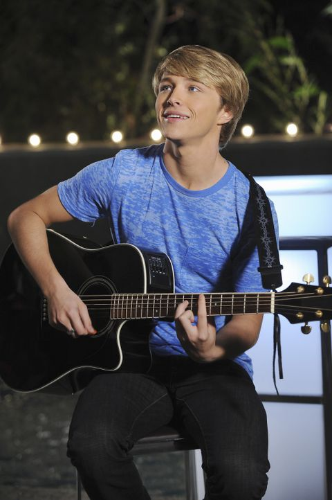 Wilde(s) (Sterling Knight) Mondscheinsonate ... - Bildquelle: Disney