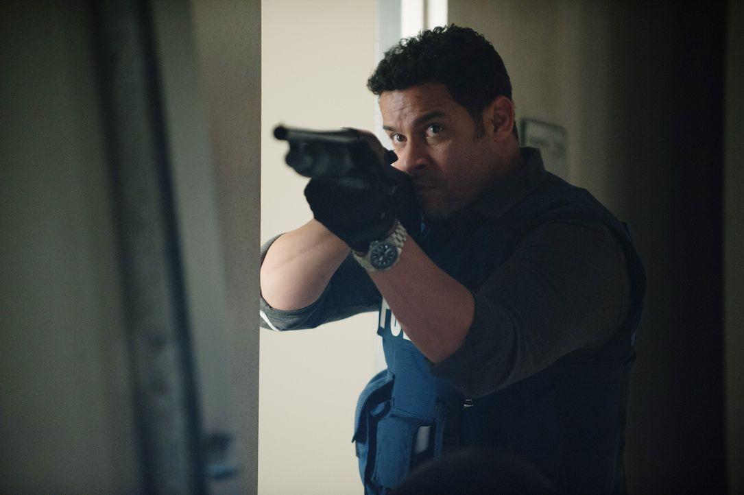 Hat keine Vorstellung davon, mit wem er sich angelegt hat: Esposito (Jon Huertas) ... - Bildquelle: Colleen Hayes ABC Studios
