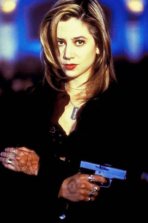 Hat ungewöhnliche Fähigkeiten: Meg Coburn (Mira Sorvino) ist eine gesuchte Pass-Fälscherin ... - Bildquelle: Columbia Tri-Star