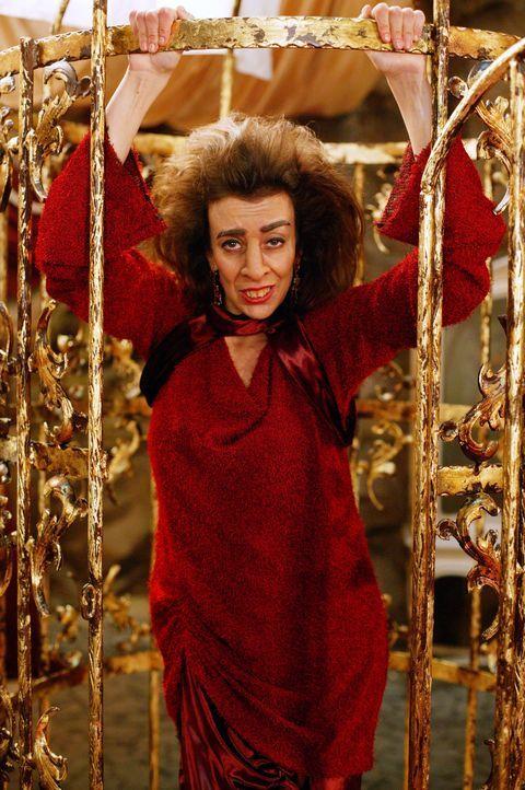 Imara (Suzanne Krull) versucht die Herschafft der Unterwelt an sich zu reißen ... - Bildquelle: Paramount Pictures
