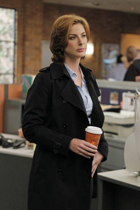 Steht Gibbs bei den Ermittlungen in einem neuen Fall bei: Agent Abigail Borin (Diane Neal) ... - Bildquelle: CBS Television
