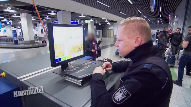 Achtung Kontrolle - Achtung Kontrolle! - Thema U.a.: Zoll Flughafen Düsseldorf: Schmuggeln Hat Konsequenzen