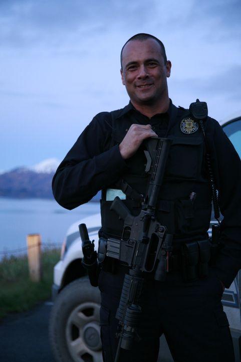 Ein Bayer in Alaska. Auswanderer Roland Zeitler (40) ist jetzt waschechter US-Cop. Sein Revier Alaska, der nördlichste Bundesstaat der USA und Tumm... - Bildquelle: kabel eins