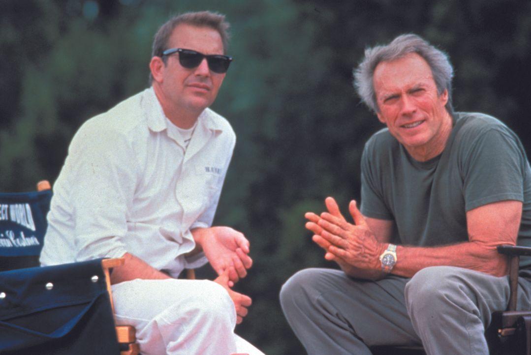 Die Megastars Clint Eastwood (r.) und Kevin Costner (l.) geben sich gemeinsam die Ehre. - Bildquelle: Warner Brothers International Television Distribution Inc.