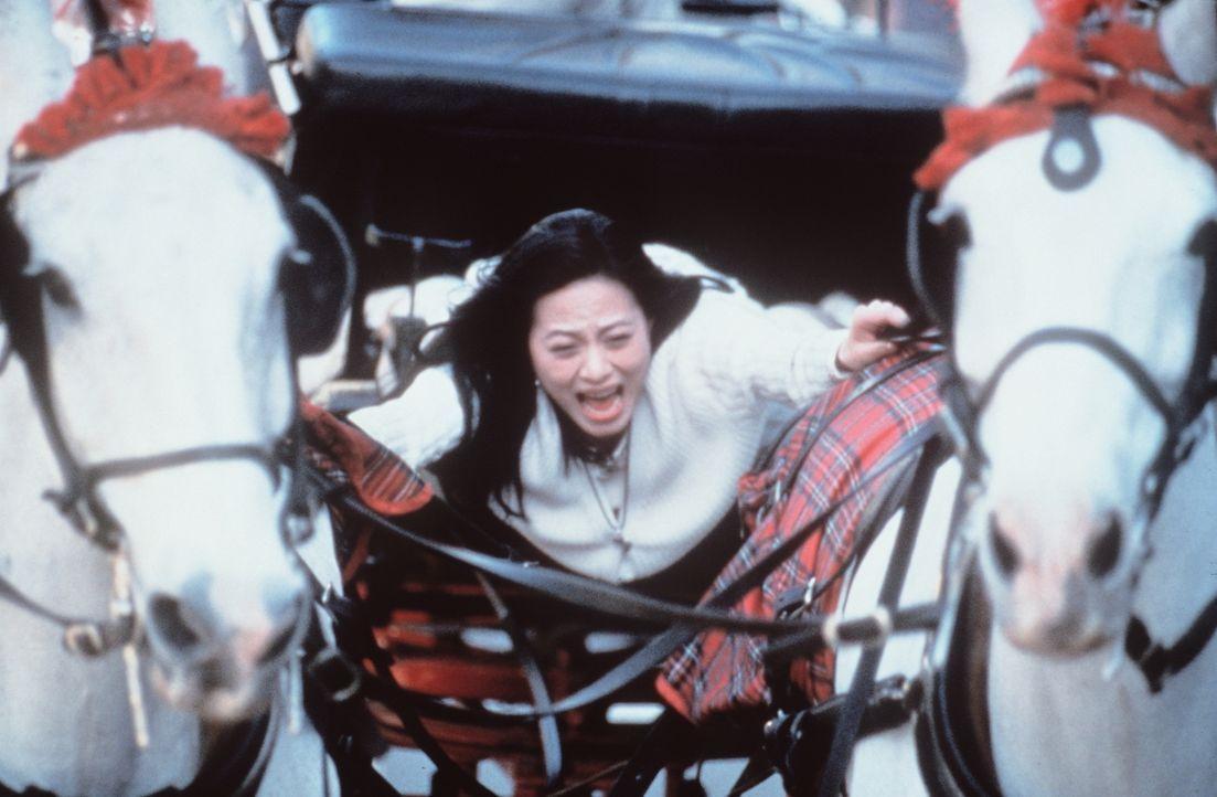 Hoch auf dem gelben Wagen: Miki (Miki Lee) ... - Bildquelle: Kinowelt Filmverleih