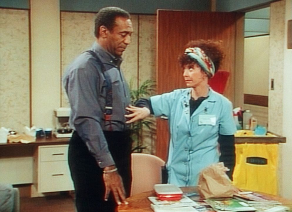 Mrs. Granger prüft, ob Cliff (Bill Cosby, l.) noch ein paar Kekse essen darf. - Bildquelle: Viacom