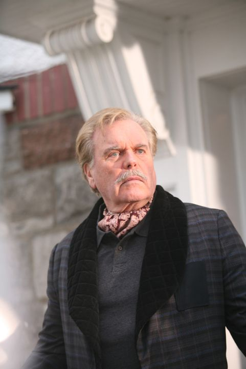 Mr. Wilson (Robert Wagner) kann nicht glauben, was Nachbarsjunge Dennis schon wieder angestellt hat ... - Bildquelle: Warner Bros.